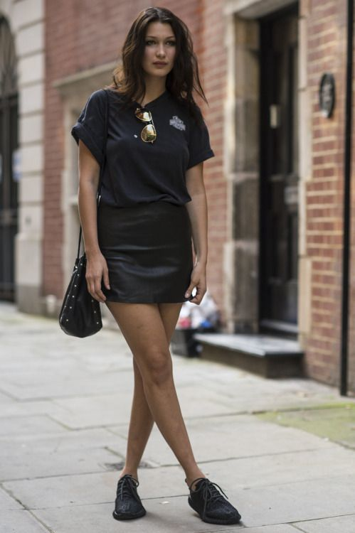 minifalda con zapatos