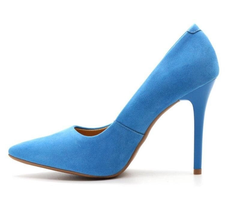 stiletto azul