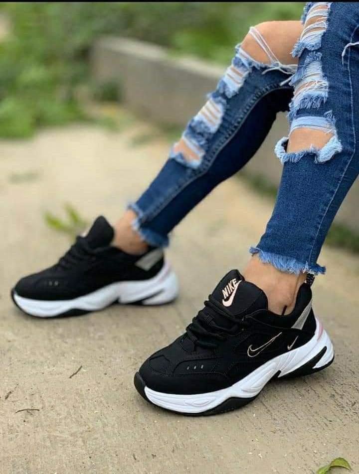 imitación zapatillas fila de mujer